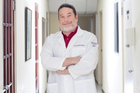 Dr. Luis Picard