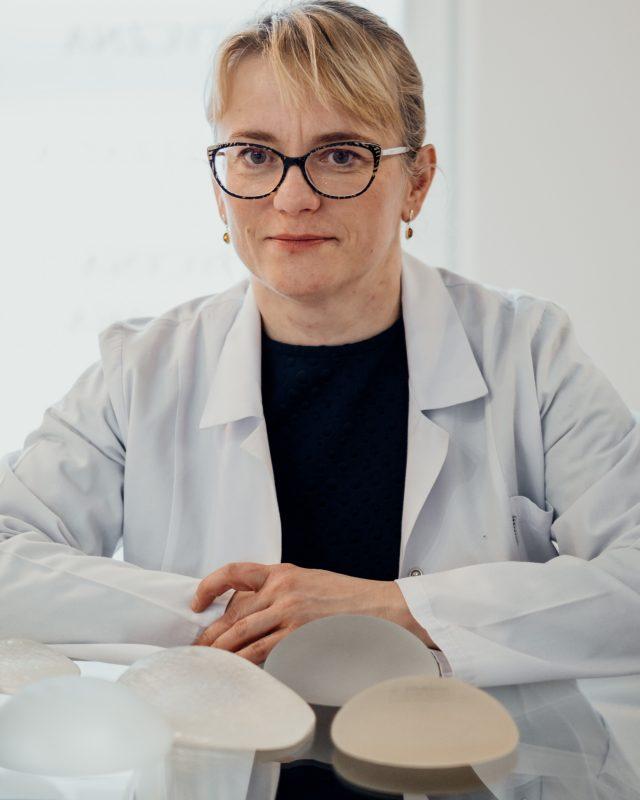 Dr Jedrys Chirurgia Plastyczna / Dr. Jedrys Plastic Surgery, Krakow Poland