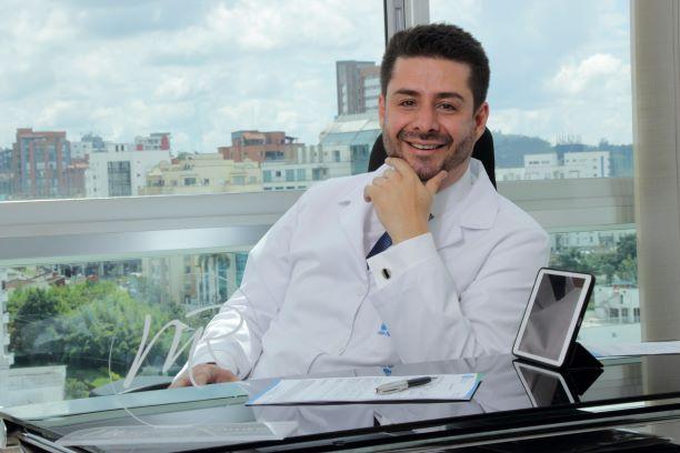 Megacentro Pinares / Clinica Los Rosales Pereira, Pereira Colombia