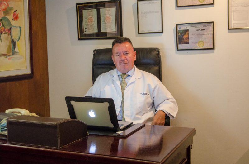 DR. BISMARK PICO, QUITO